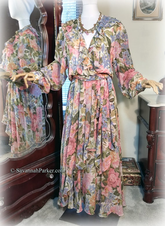 Gorgeous Vintage 70s-80s Pure Silk / Designer Diane Freis / Pink Peonies Garden Party Dress and Scarf / Multilayered Skirt / Silk Georgette