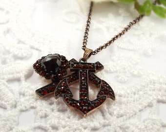 Vintage garnet pendant faith-hope-charity in Victorian style