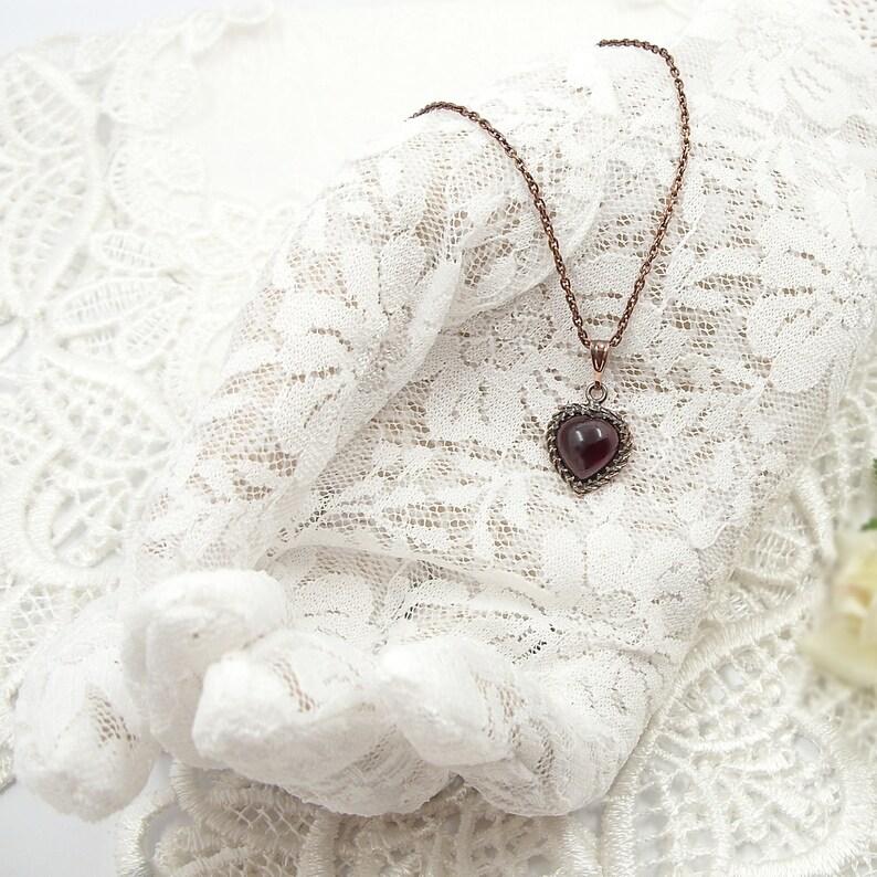 Neat Vintage garnet heart pendant in Victorian style  \u0433\u0440\u0430\u043d\u0430\u0442 200225e+p
