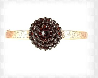 Vintage hinged garnet bangle in Victorian style // ГРАНАТ