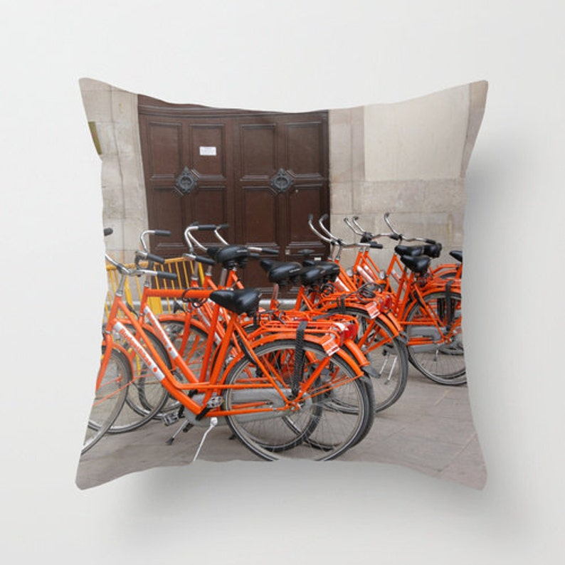 Fabulous 20X20 Decorative Photography Throw Pillow Case Cushion Cover Orange Bicycle At Barcelona Throw Pillow Cover Bike Pillow Cover Pillowcase Unemploymentrelief Wooden Chair Designs For Living Room Unemploymentrelieforg