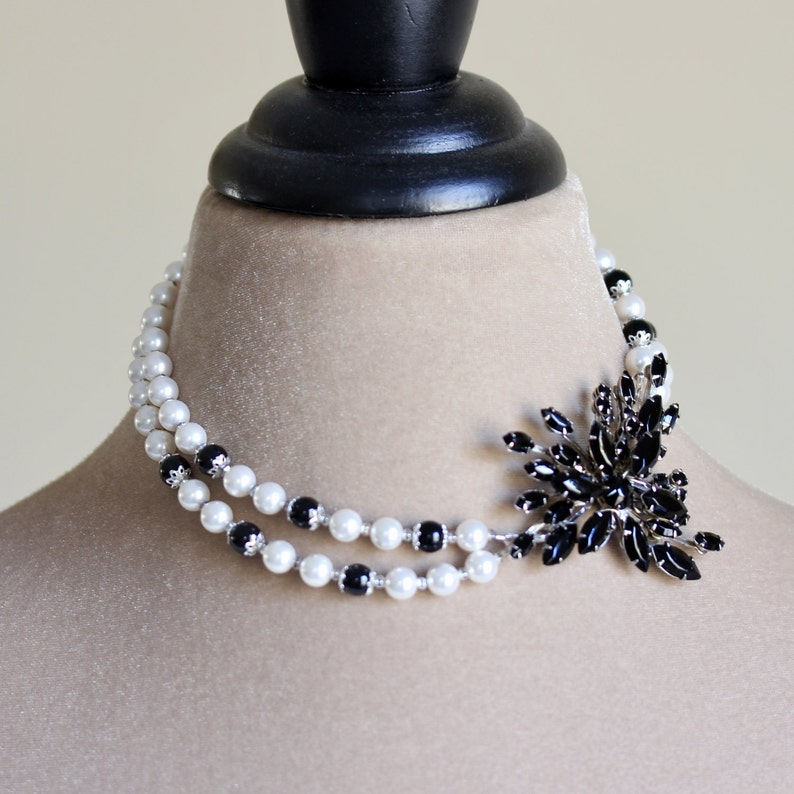 Crystal Brooch Pearl Necklace Black White Pearl Necklace image 0