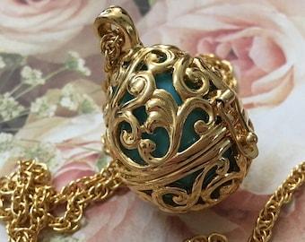 Joan Rivers Egg Pendant – Robin's Egg Blue Egg Locket – Faberge Egg Charm Necklace – 1980s