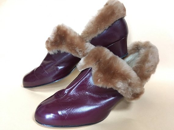 Vintage Women's Slippers – Sheep Shearling Lined –