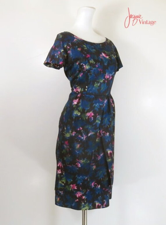 50s 60s wiggle dress / 50s floral cocktail dress … - image 2