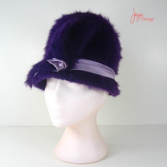 60s hat / 60s mod purple cloche hat / vintage shea