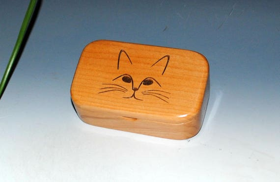 Wooden Trinket Box With Engraved Cat Face on Alder Box - Handmade Wood Box by BurlWoodBox - Purrfect Gift For Your Cat Person or Vet !