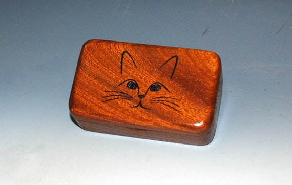 Small Wood Box With a Cat Face Engraved on Mahogany -  A Purrfect Gift for a Cat Mom, Cat Dad or Your Vet !