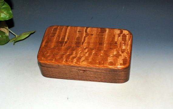 Handmade Wooden Box - Small Wood Box of Lacewood and Walnut, Gift Presentation Box, Small Jewelry Box, Handmade Box, Keepsake Box - Wood Box
