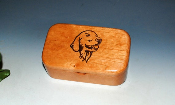 Wooden Trinket Box With a Golden Retriever Engraving on Cherry - Handmade Gift for Golden Mom's or Dad's