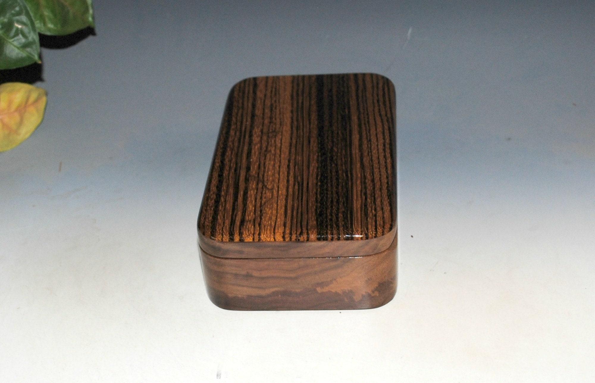 Walnut Hand-turned BX-063 Small Box