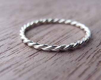Twist Ring in Sterling Silver