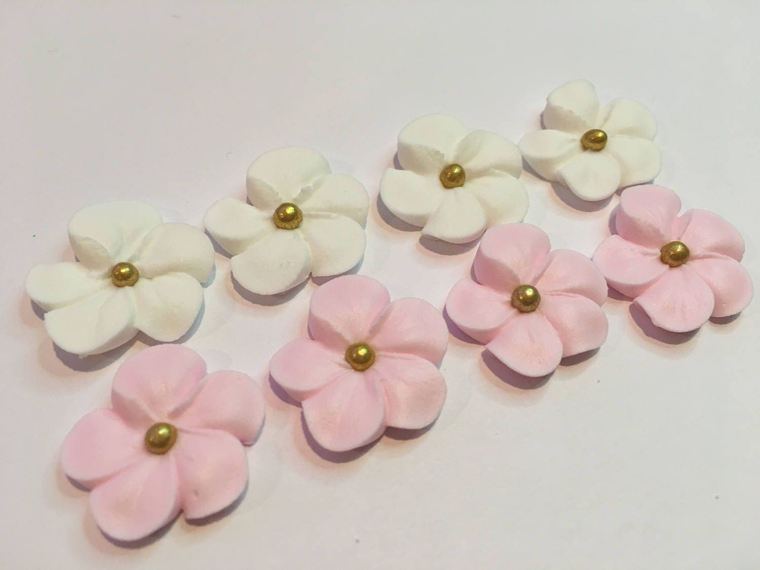 Lot Of 100 White And Pink Royal Icing Flowers W Gold Sugar Etsy