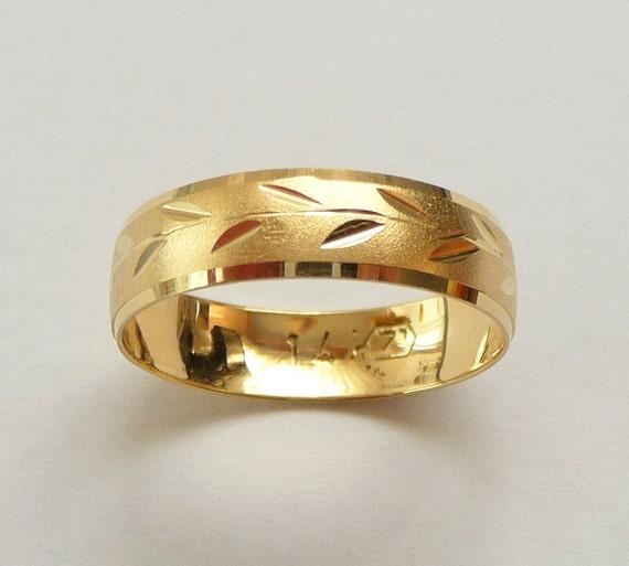 7cd487a0db755 Wedding ring women men wedding band yellow gold unique design spring heavy