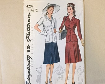 Vintage 40's Sewing Pattern, Two Piece Dress, Blouse and Skirt, Simplicity 4209, Vintage Size 16 Bust 34, XS SMALL