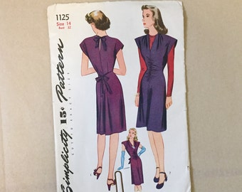 Vintage 40's Sewing Pattern, Fitted Day Dress, Cocktail Dress, Simplicity 1125, Vintage Size 14, Bust 32, XS SMALL