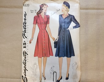 Vintage 40's Sewing Pattern, Day Dress, Short Sleeve, Knee Length, Simplicity 4320, Vintage Size 14 Bust 32 XS Extra SMALL