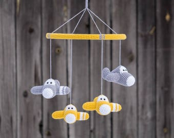 Airplane baby mobile - organic cotton - crochet airplane mobile - aeroplane mobile - custom mobile - nursery decor