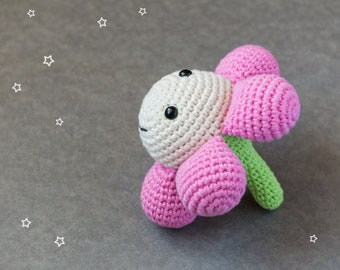 Flower rattle crochet baby toy - organic cotton - pink and natural white