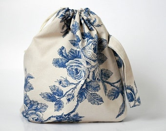 Large Knitting Project Bag. BLUE ROSES. Special KnitterBag design.