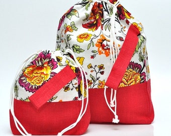 SALE. Set of 2 Knitter Project Bags. Large and Mini.