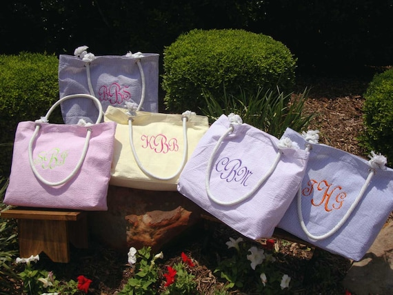 Bridesmaid Gift, Beach Tote, Personalized , Monogrammed Bridesmaid Tote Bag, Beach Tote Bag, Embroidered Bridesmaids Gifts