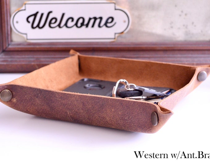 Handcrafted Leather Valet Tray - Choose From Western Brown, Black, Chocolate Brown, or Caramel Brown Leather. Free Personalization.