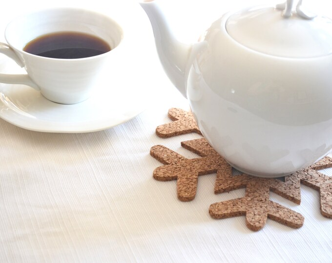 Snowflake Cork Trivets - set of 2 large snowflakes, packaged to use or gift!