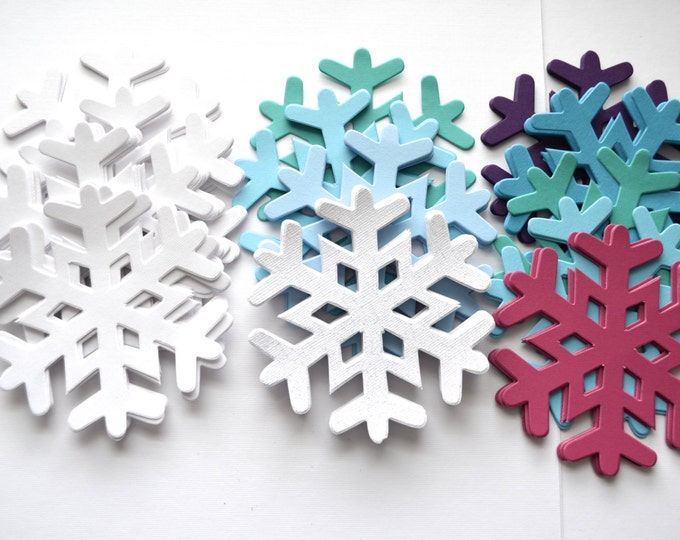 Frozen Snowflake Sets, 30 pieces. Choose from White, Icy Combo or Anna's Combo!