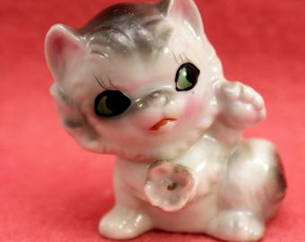 Cute Kitten Cat Figurine Grey and White Pink Flower on Neck Cottage Kitsch made Japan ED