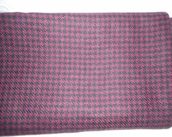 "Wool Houndstooth Fabric-Maroon & Black-Large Piece About 190"" (5 yards) Long M/L x 60""-Unused"