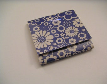 Blue and Beige Flower Power Sticky Notes Pad
