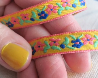 small GARDEN ribbon in hot Pink and Royal on Citrus