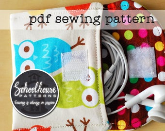 Easy wallet PDF sewing pattern in 2 sizes for your earbuds & cash. Envelope system wallet sewing pattern - great for beginners