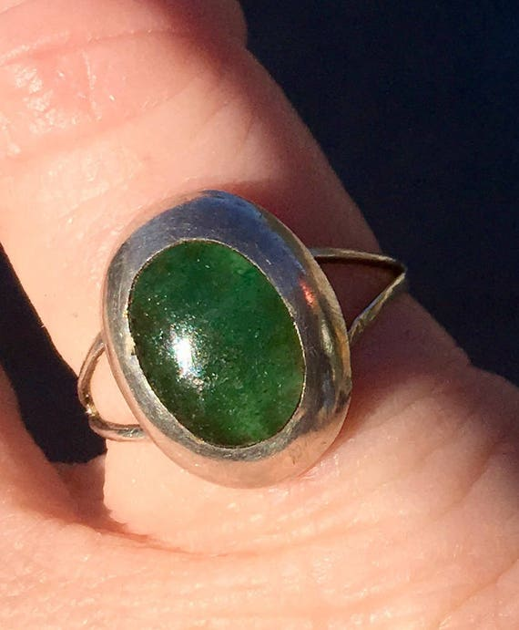 Unique Vintage Sterling Silver *signed Hecho en Mexico* Green jasper ring sz adjustable