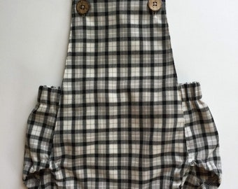 Black and cream plaid cotton summer romper, sunsuit, short overalls, cotton onepiece, baby summer outfit, baby outfit, baby onsie, baby boy