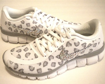 Swarovski Cheetah Nike Free Run 5.0 V4 Print Bling Shoes - White   Wolf  Grey   Pure Platinum - Bedazzled with Swarovski Crystals ec19cf1f828c