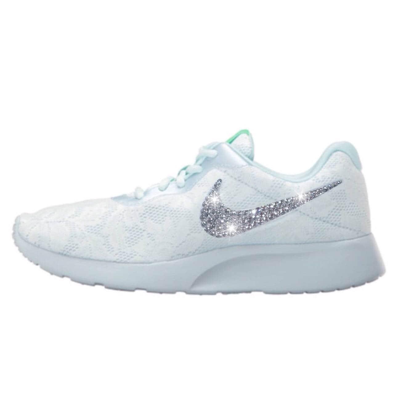 bling bling bling nike tanjun eng chaussures avec cristaux swarovski bleu et blanc glacier dentelle | Exquis (en) Exécution  cc0f8c