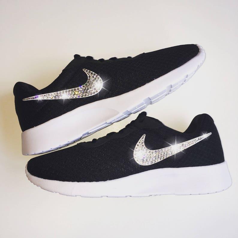 Swarovski Nike Schuhe Revolution 4 Mädchen Nike Schuhe Custom mit Kristall Strass Bling Nike Schuhe