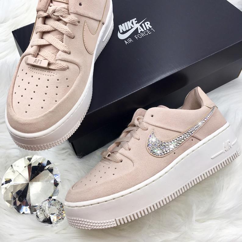big sale dc979 f1a0f Swarovski Nike AF 1 Sage XX Low Casual Shoes with SWAROVSKI® Crystal Detail  * Particle Beige/Pink