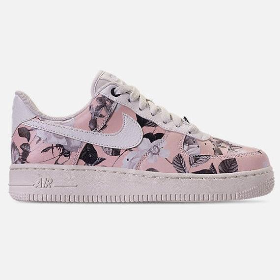 Nike Air Force 1 07 Lxx Damen Ao1017 102: : Schuhe
