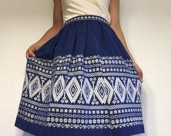 "Hello Frida! handmade tablecloth skirt // small - 26"" waist // narrow waistband with full skirt // ethnic blue and white"