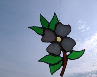dogwood blossum, stained glass suncatcher