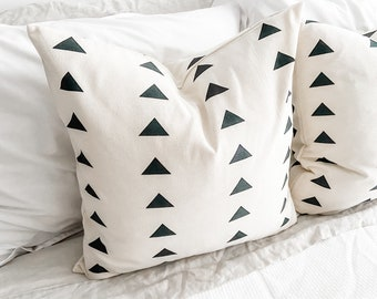 Modern Farmhouse Triangles Pillow Cover