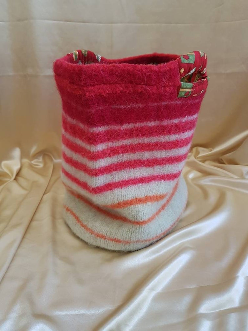 Felted and Lined Bucket Bag with red and green stripes.