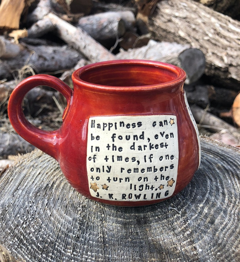 Large Literary Mug Harry Potter Happiness Can be Found Red image 0