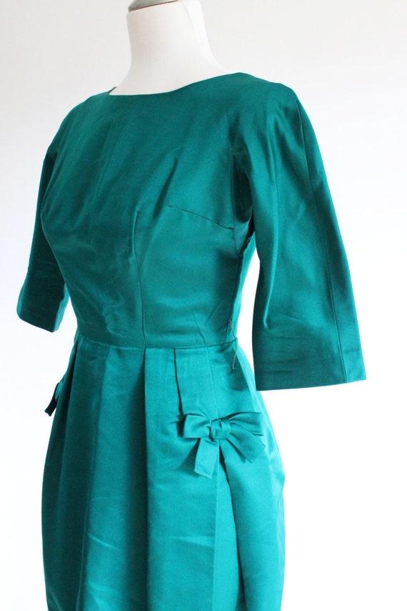 dress vintage green dress 1950s cocktail dress skirt green emerald silk retro 50s party pencil dress 5f8q6ccW