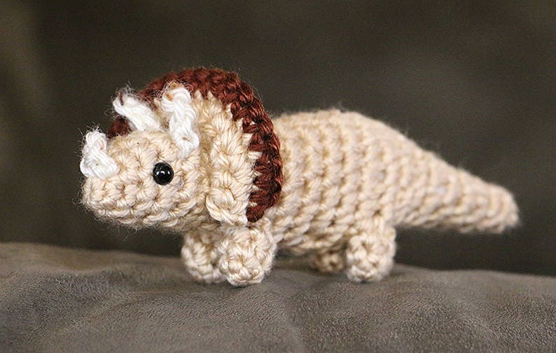 Triceratops Amigurumi Toy with Egg  Dinosaur in Egg  image 0