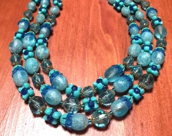 Vintage 60's - Triple Strands Turquoise Beads Necklace