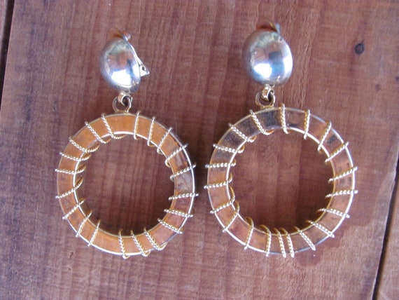 Vintage 80's - Clip golden hoops, three dimensiona
